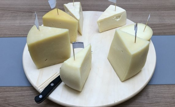 Cheese, cutting and serving | GOOD TO KNOW